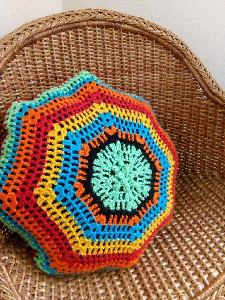 Almofada em Crochêt de Lã
